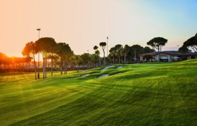 Carya Golf Course 18 th hole trough clubhouse