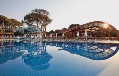 Cornelia Deluxe Resort Outdoor Pool