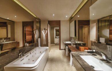 Maxx Royal Golf Resort Belek Suite Bathroom